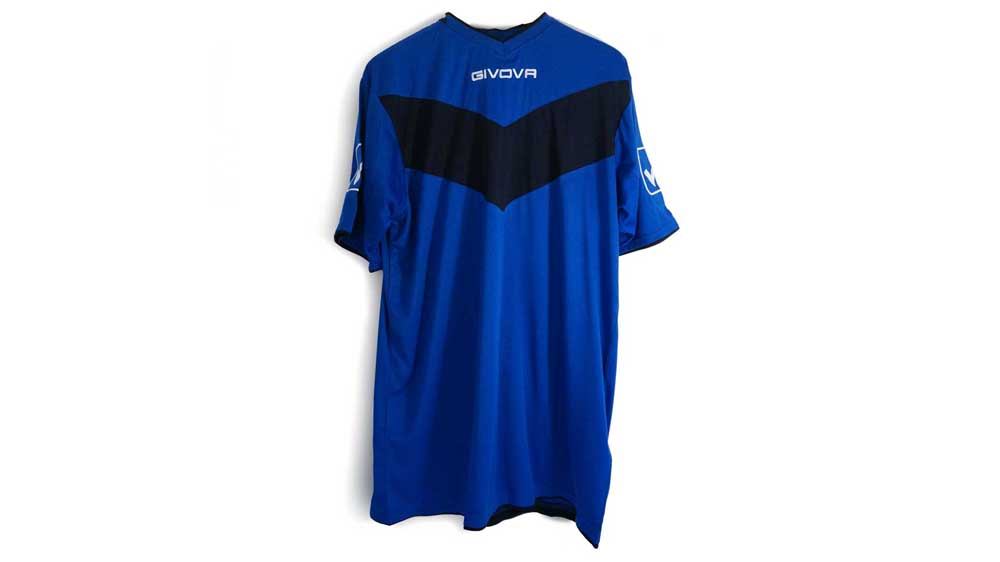 MUFC Givova Training Shirt with Shorts – $30